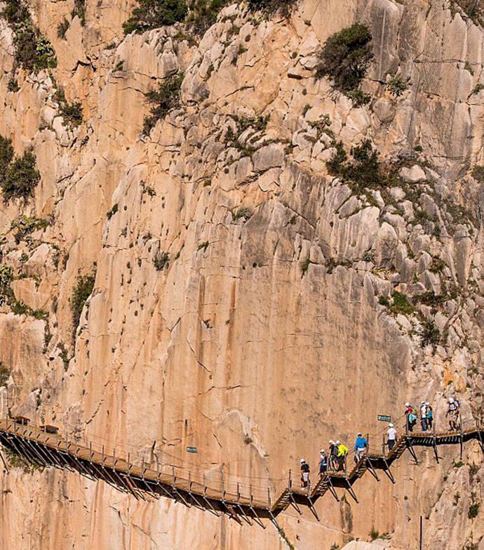 """Nu släpps biljetterna till """"världens farligaste vandringsled"""""""