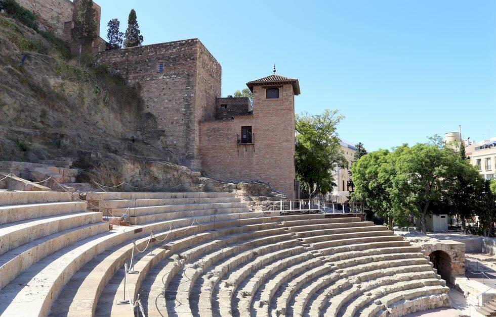 Upplev Malaga: 8 sevärdheter i den spanska pärlan