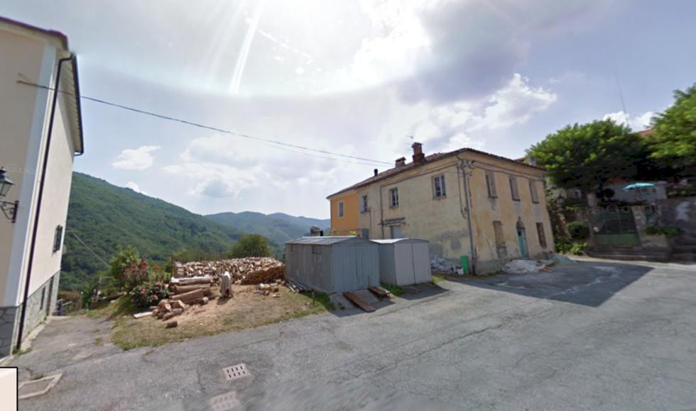 Italiensk by hotas av avfolkning – betalar folk som flyttar dit