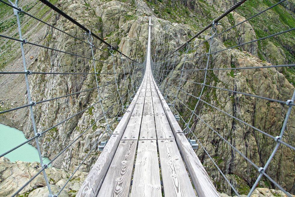 Här kan du gå på Alpernas häftigaste vandringsträcka