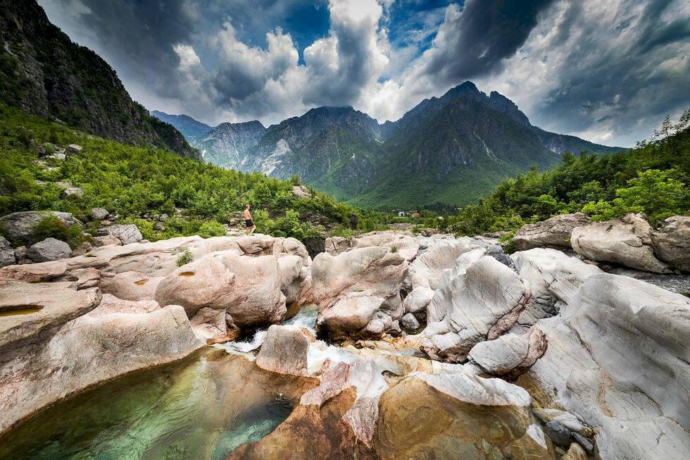Rundresa i norra Albanien – orört och sagolikt