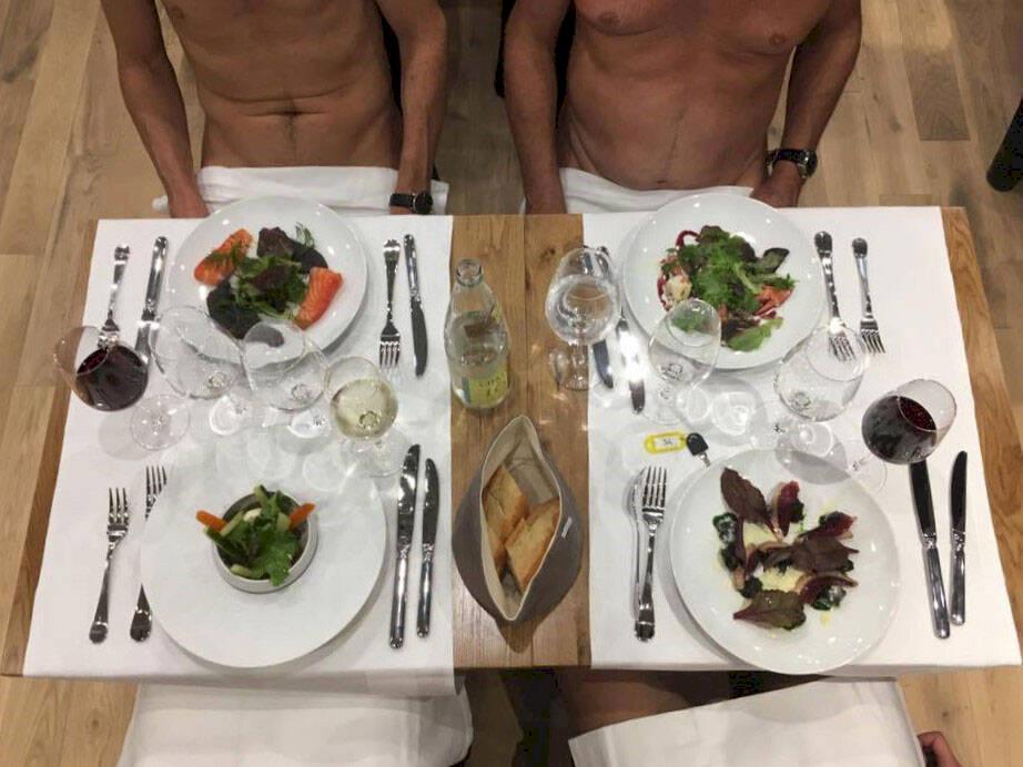 Paris har fått sin första naken-restaurang