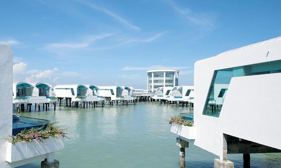 Här bor du i lyxvillor på vatten – för under 1000 kronor natten
