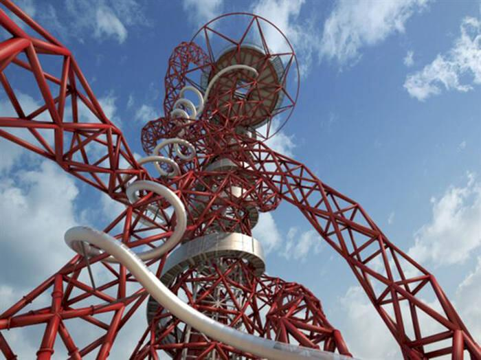 I London kan du åka världens längsta – och högsta – rutschkana