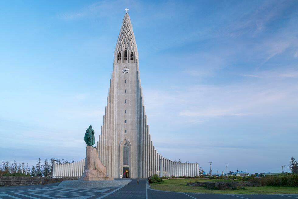 24 timmar i Reykjavik – isgrottor, lunnefåglar och varma bad