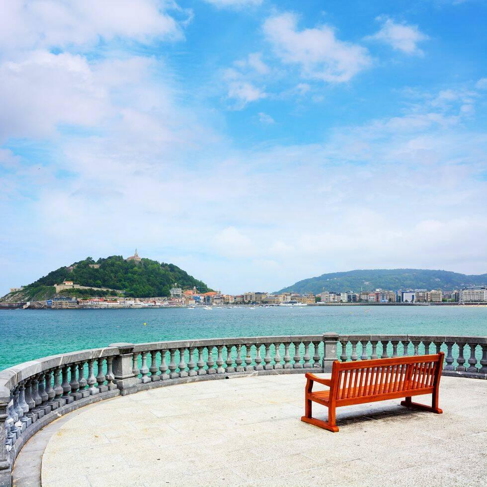 Vart ska man åka utomlands i juni? 10 härliga resmål