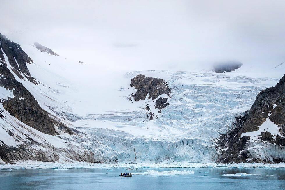 Guide: Kryssningsresa längs Svalbards kust