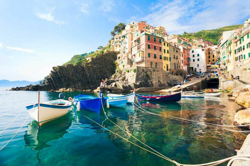 Vart ska man åka utomlands i september? 10 härliga resmål