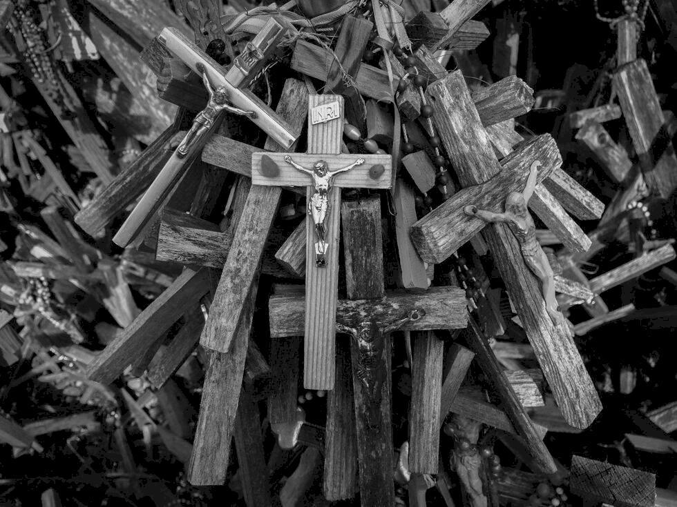 Udda resmål: Tusentals kors lockar pilgrimer och turister till Litauen