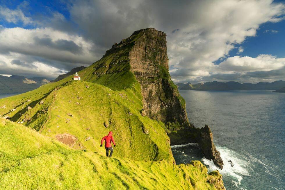 10 dagsutflykter på Färöarna – mat, vandring och maffiga vattenfall
