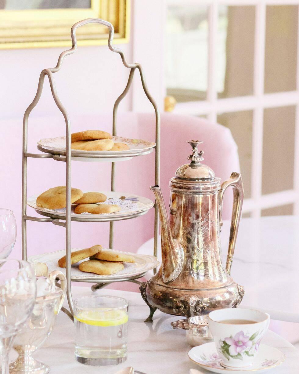 Dukat för knallrosa afternoon tea