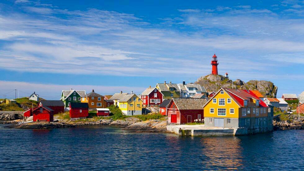 6 fyrar i Norge du kan bo i