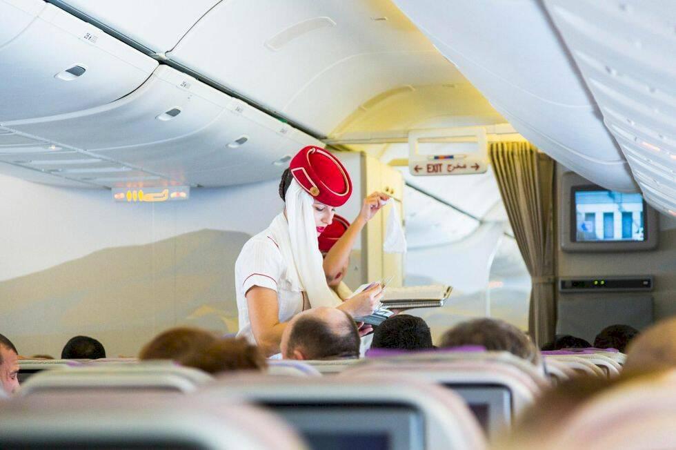 20 tips för att överleva en långflygning