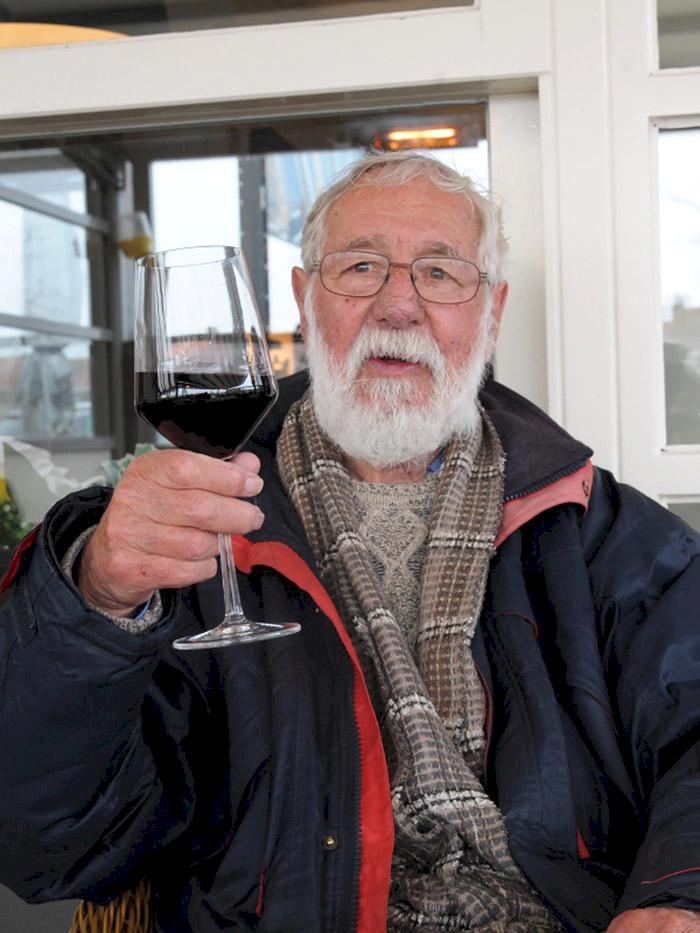 78-åringen gör episk resa genom Europa på sin permobil