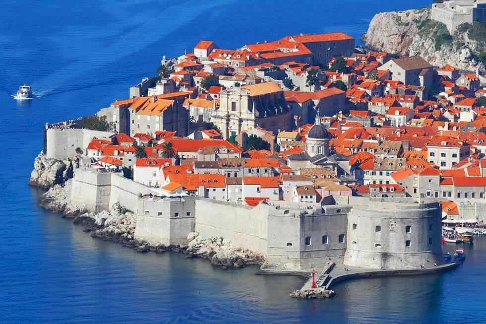 Dubrovnik ska bekämpa massturism med övervakningskameror