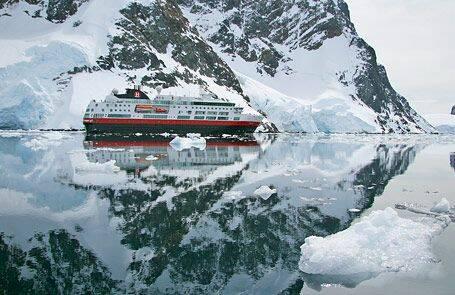 Färre besöker Antarktis