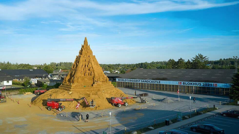 Världens största sandslott byggs i Danmark