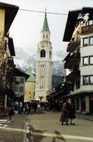 Cortina - skidor i Italien